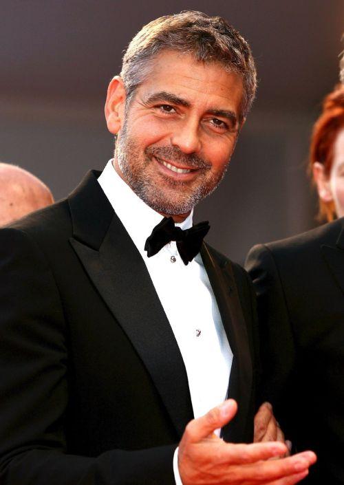 George Clooney George Clooney George Clooney! - Page 4 Georgi10