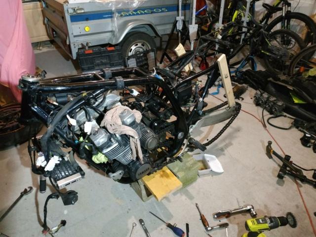 XJR 1200 de Nico: Transformation en cours Dzomon14
