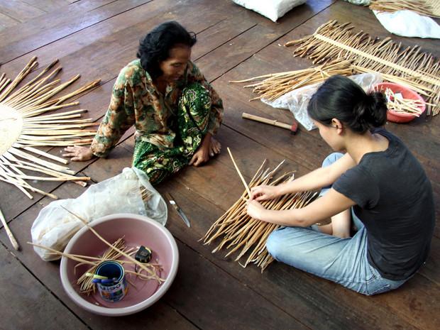 Cambodge : l'artisanat au service de l'environnement Tressa10