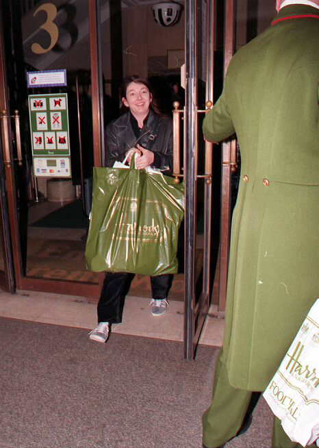 Photos Kate Bush - Page 4 Kate_h10