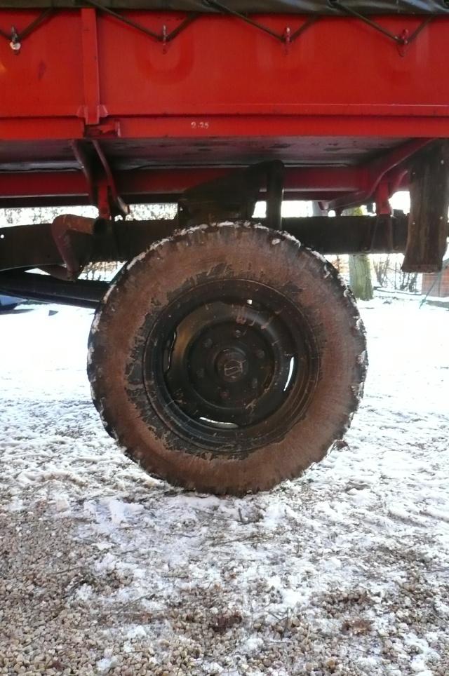 Correspondance de tailles de pneus ??? P1040810