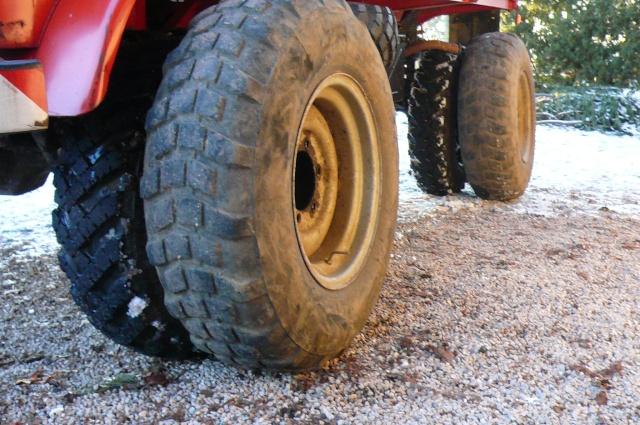 Correspondance de tailles de pneus ??? P1040815