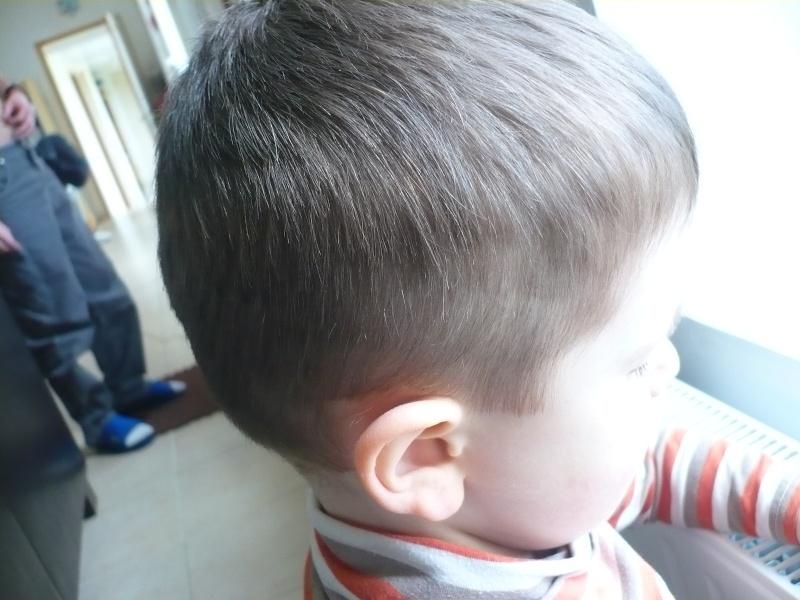coupe cheveux de mon fils P1150612