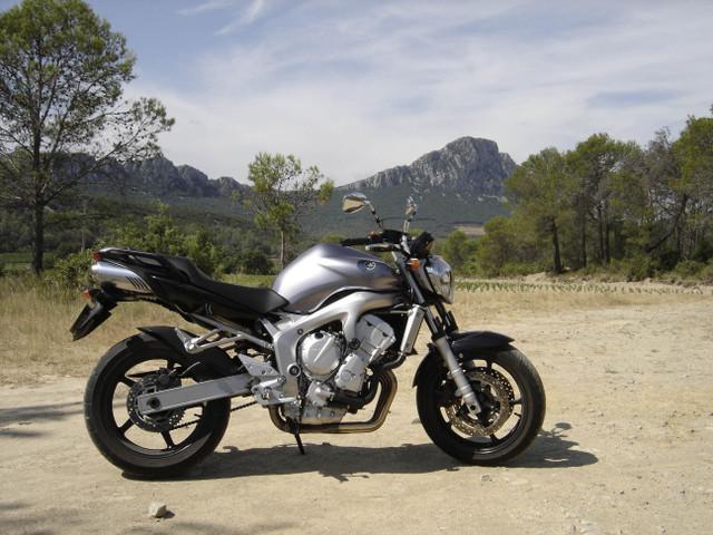 Quelles motos trouvez-vous moches ? Fz6_110