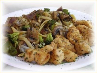 Pâtes aux légumes et poulet en cubes Patepo10
