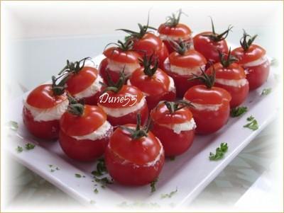 Petites tomates farcies Pict8110