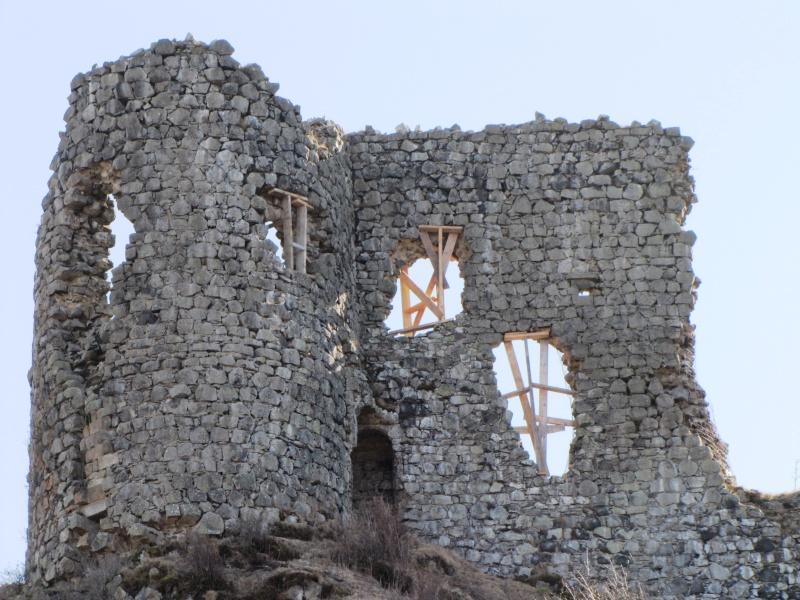 Chateau d'Apchon.. Img_0011