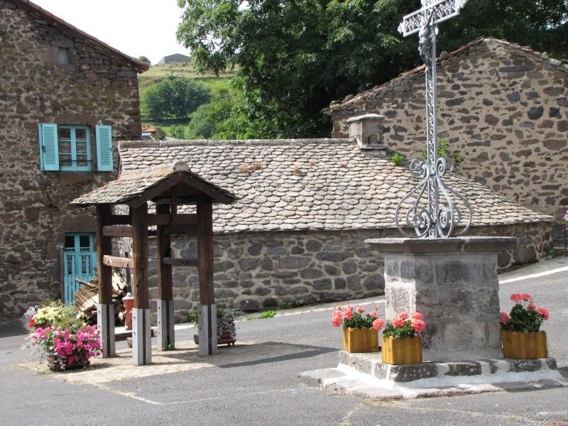 Village de Charmensac... Img_0014
