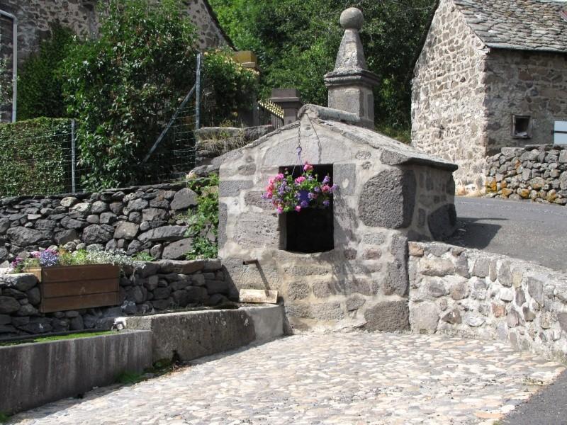 Village de Charmensac... Img_0016