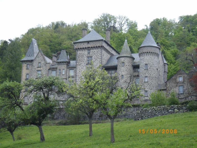 Chateaux du Cantal... Imgp0610