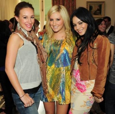 Jennifer Tisdale's Babyparty [09-01-10] Norm1269