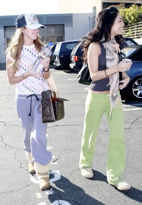 [01.16] Going to Pilates Class with Ashley Tisdale Norm1728