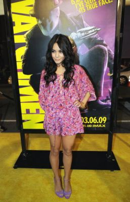Nessa at Watchman Premiere - Page 3 Normal95