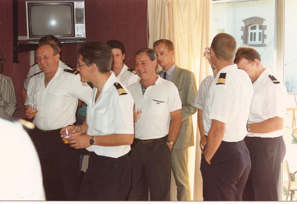 [Les traditions dans la Marine] LES POTS DE DÉBARQUEMENTS Depcro14