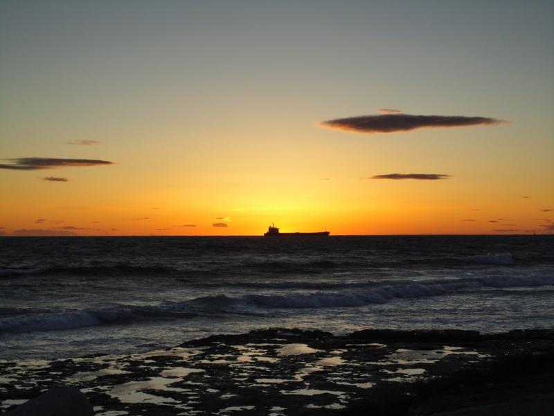 Vos plus beaux couchers de soleil  Dsc00210