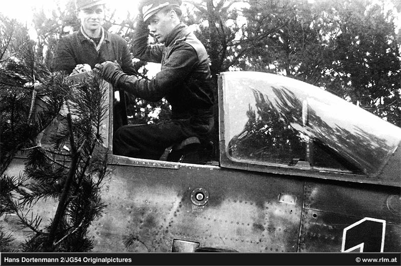 FW190-D9 of JG26 Gal23_10