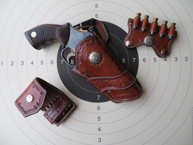 HOLSTER WESTERN MR 73 by SLYE 0211