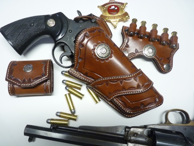 HOLSTER WESTERN MR 73 by SLYE P1110329