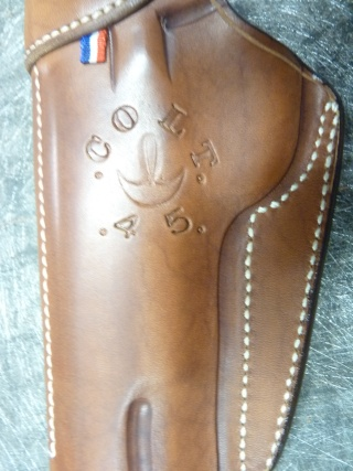 HOLSTER pour Colt 45 by SLYE P1110430
