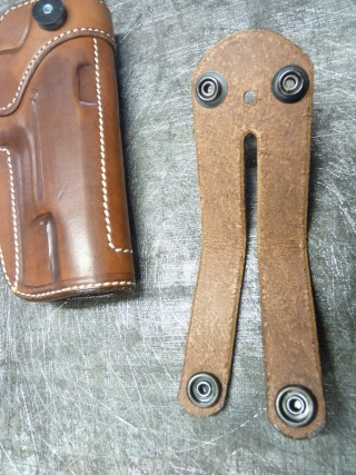 HOLSTER pour Colt 45 by SLYE P1110437