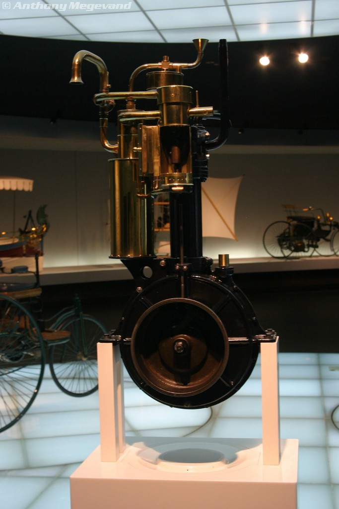 musée - [Photos] Le Mercedes-Benz Museum de Stuttgart 00_vis15