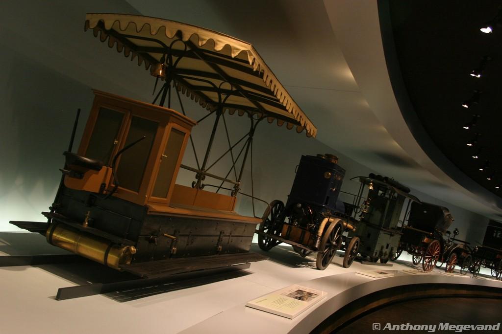 musée - [Photos] Le Mercedes-Benz Museum de Stuttgart 00_vis17