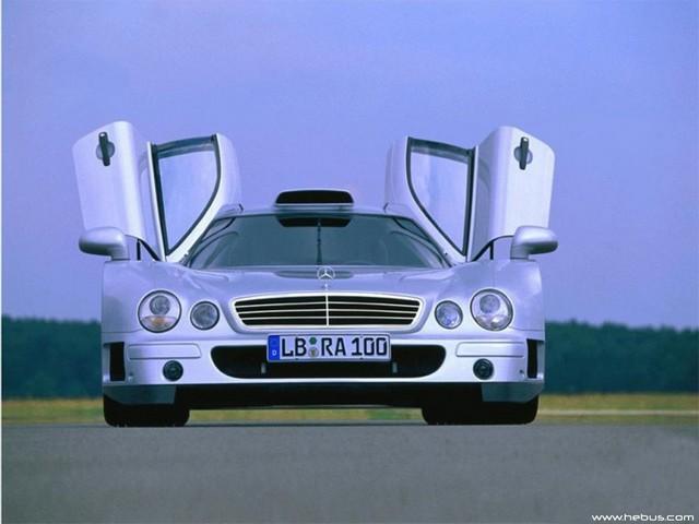 La Mercedes Benz CLK GTR 1998 0654lk10