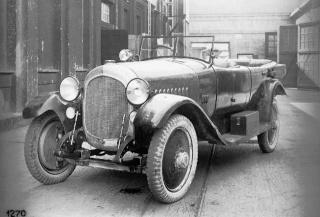 Histoire de la Marque (en construction) 1919w110