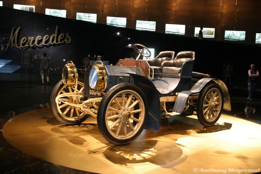 musée - [Photos] Le Mercedes-Benz Museum de Stuttgart A6-00_17