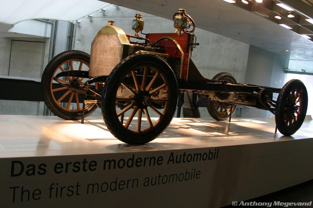 musée - [Photos] Le Mercedes-Benz Museum de Stuttgart A6-00_19