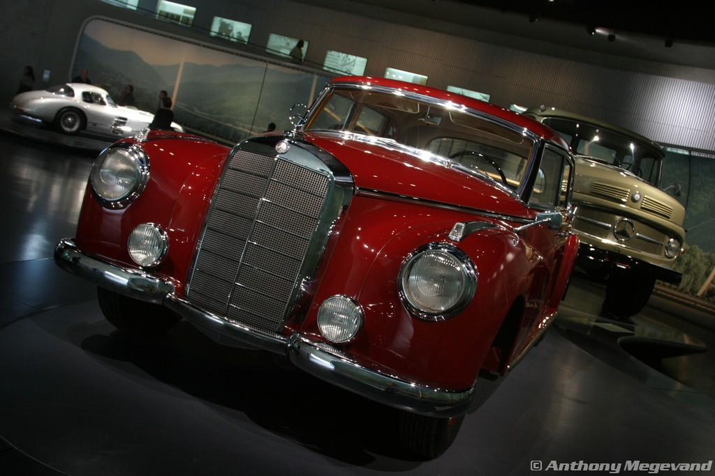 musée - [Photos] Le Mercedes-Benz Museum de Stuttgart A6-00_27