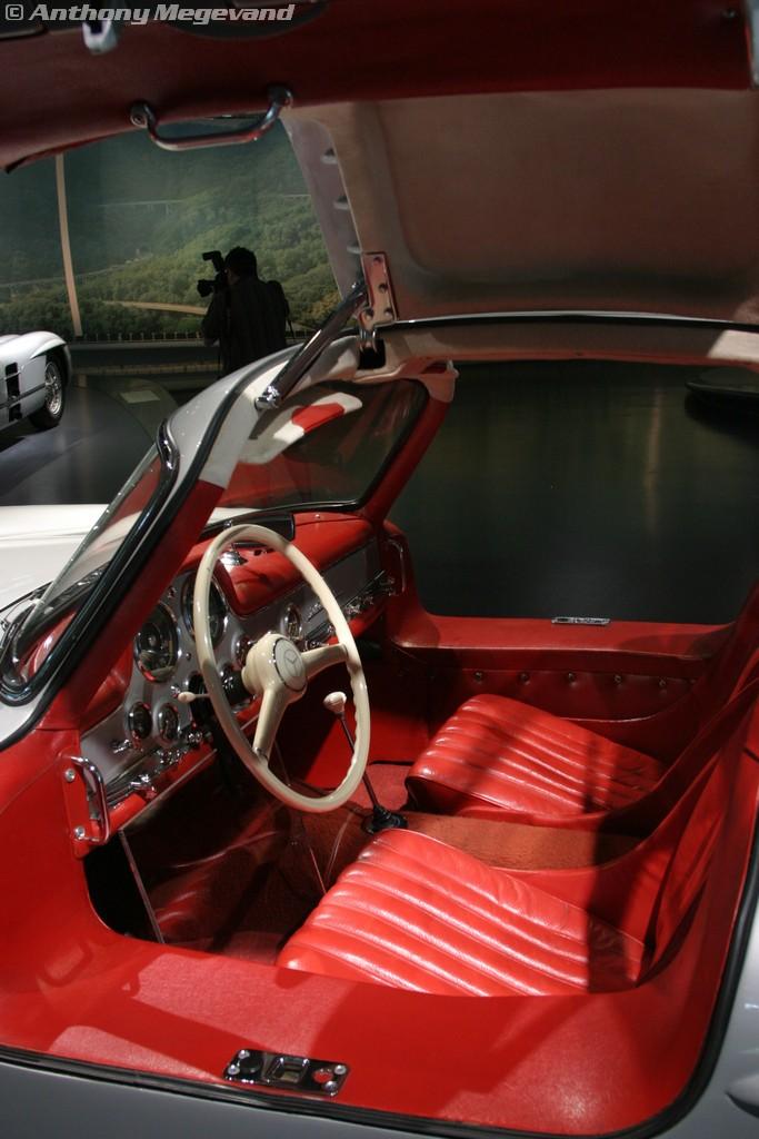 musée - [Photos] Le Mercedes-Benz Museum de Stuttgart A6-00_34