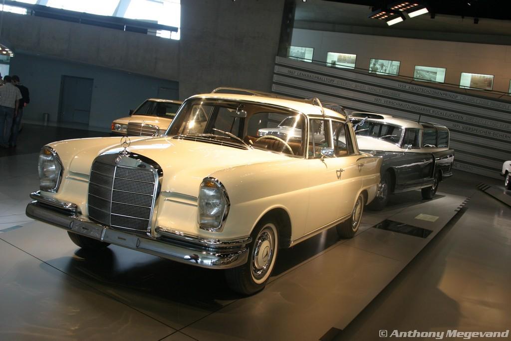 musée - [Photos] Le Mercedes-Benz Museum de Stuttgart A6-00_37