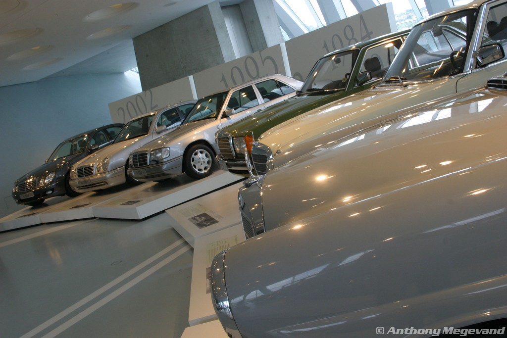 musée - [Photos] Le Mercedes-Benz Museum de Stuttgart A6-00_41