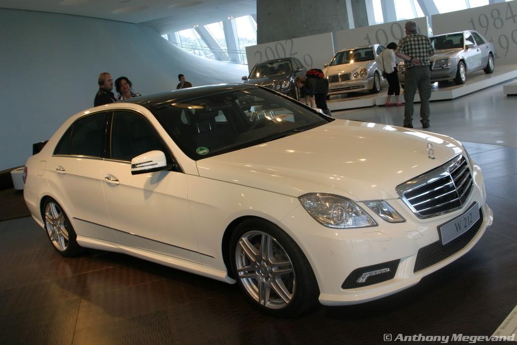 musée - [Photos] Le Mercedes-Benz Museum de Stuttgart A6-00_43