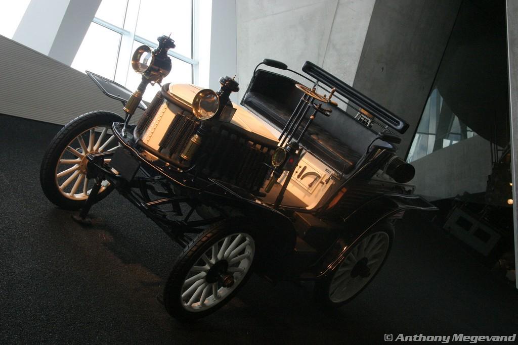 musée - [Photos] Le Mercedes-Benz Museum de Stuttgart A6-00_50