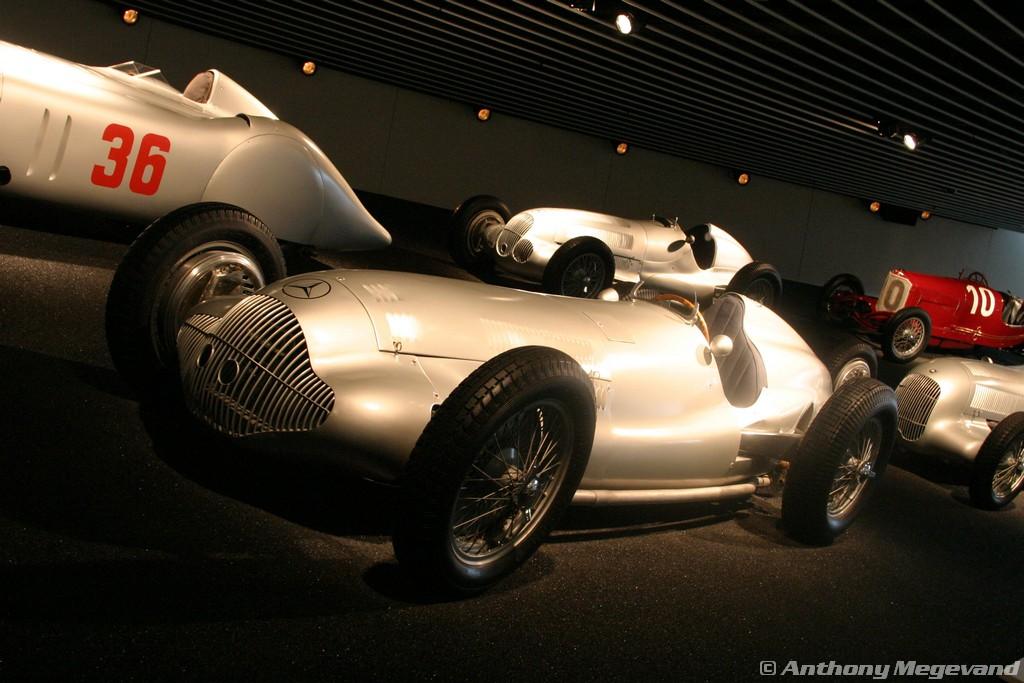 musée - [Photos] Le Mercedes-Benz Museum de Stuttgart A6-00_53