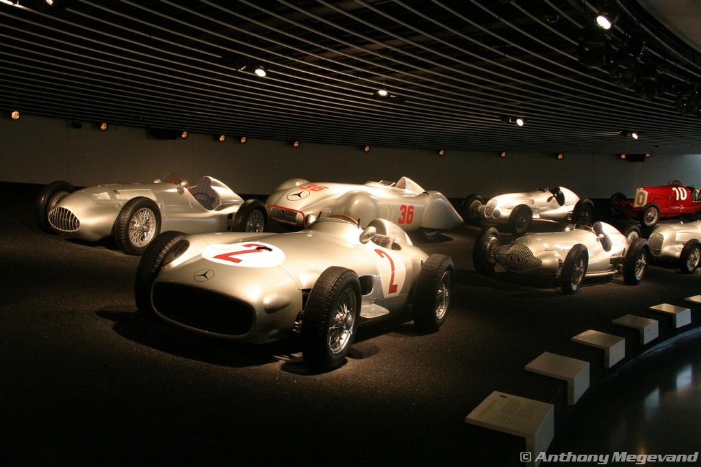 musée - [Photos] Le Mercedes-Benz Museum de Stuttgart A6-00_55