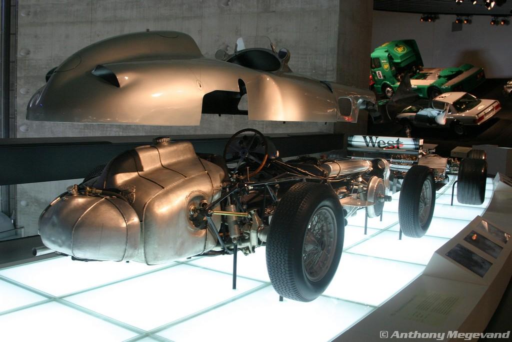 musée - [Photos] Le Mercedes-Benz Museum de Stuttgart A6-00_61