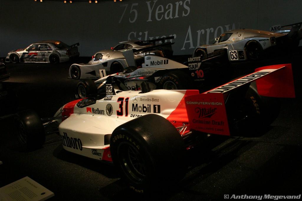 musée - [Photos] Le Mercedes-Benz Museum de Stuttgart A6-00_68