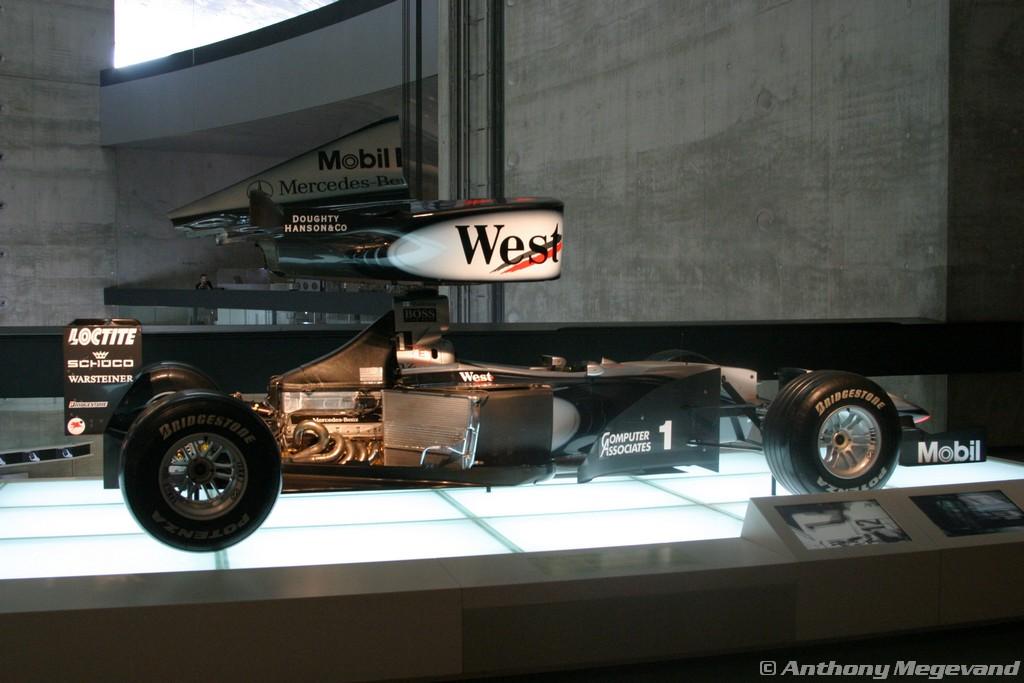 musée - [Photos] Le Mercedes-Benz Museum de Stuttgart A6-00_72