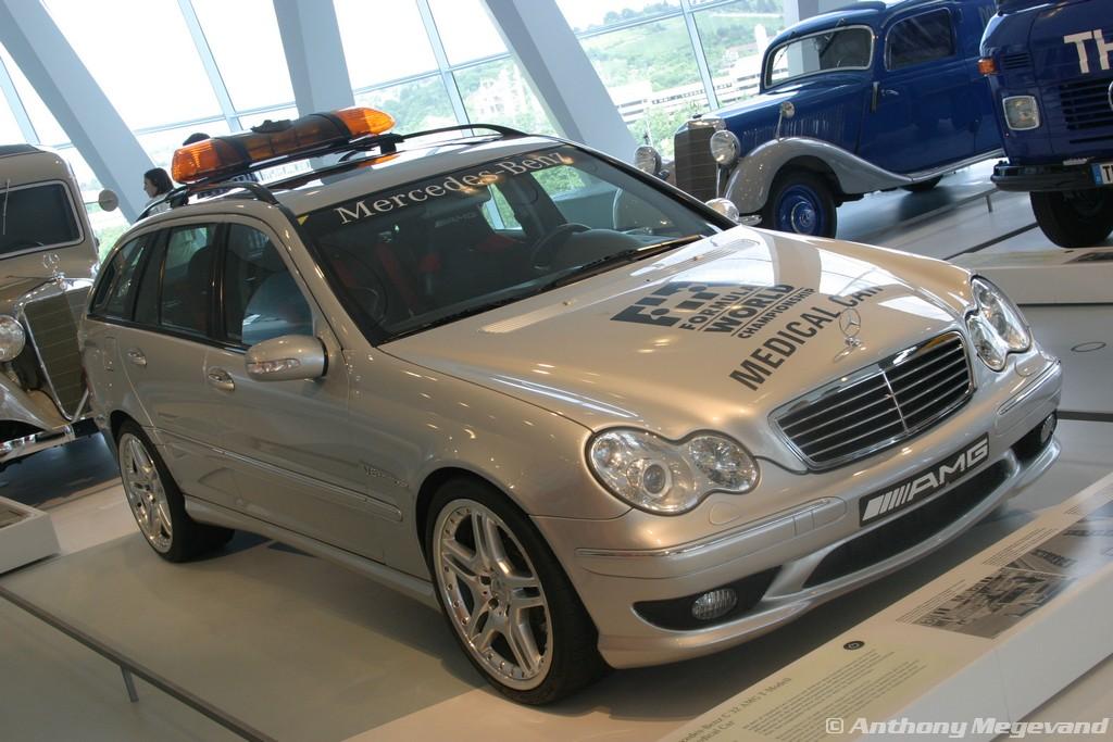musée - [Photos] Le Mercedes-Benz Museum de Stuttgart A6-00_73