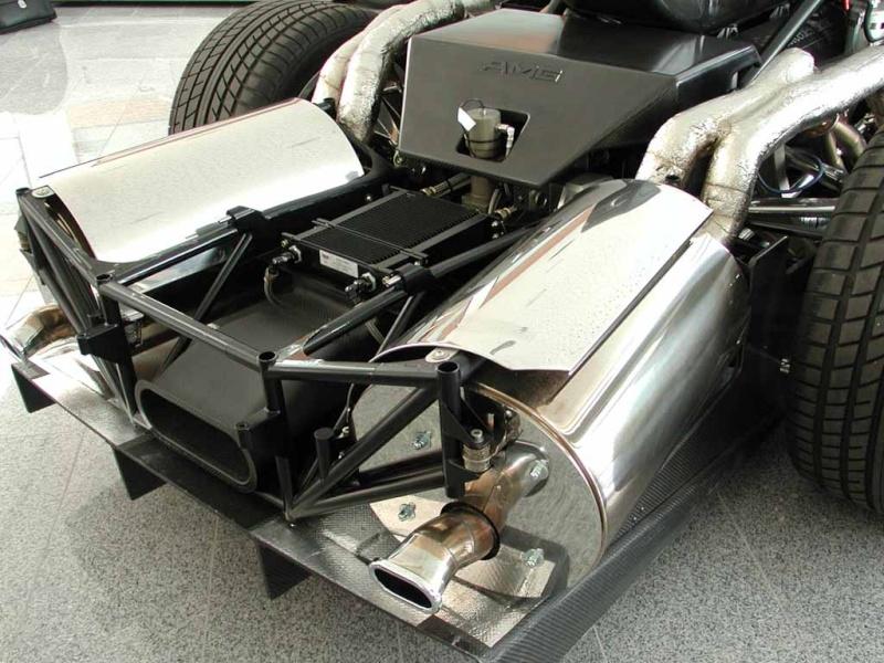 La Mercedes Benz CLK GTR 1998 Clkgtr22