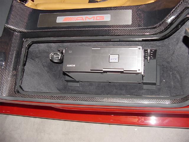 La Mercedes Benz CLK GTR 1998 Clkgtr32