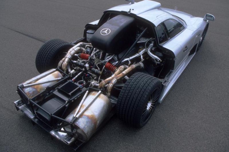 La Mercedes Benz CLK GTR 1998 Gfgf10
