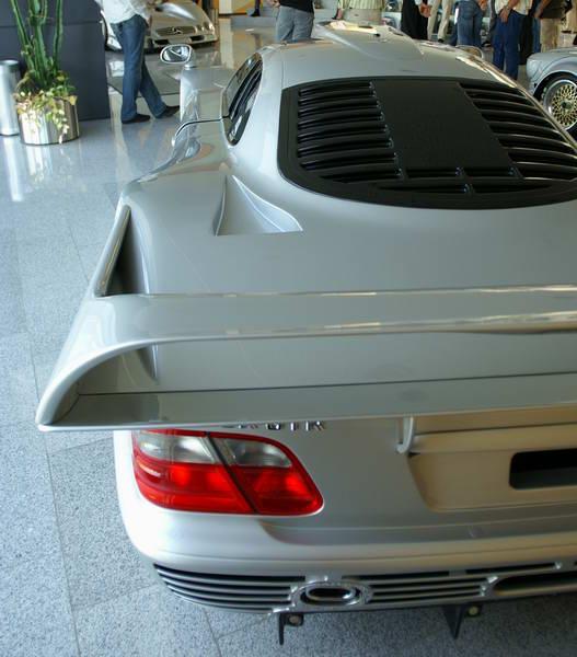 La Mercedes Benz CLK GTR 1998 Gtr210