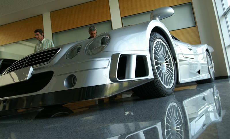 La Mercedes Benz CLK GTR 1998 Gtr410