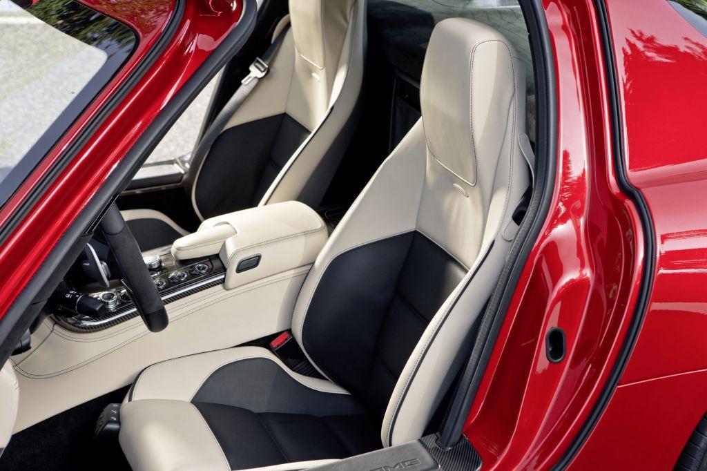 [Photos] Galerie : La Mercedes SLS Merced45