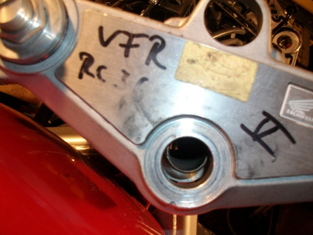 NTV 650 : Fourches et double freins à disques adaptables ? - Page 2 Imgp1110