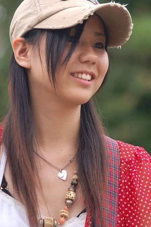 SCANDAL (JAPANESE BAND) Tomomi10